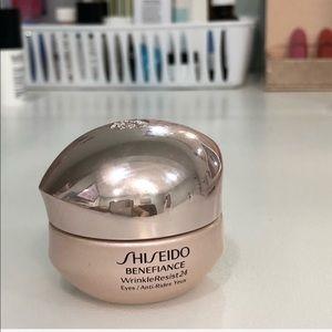 Other - Estée Lauder Benefiance Wrinkle Resist24 eye cream